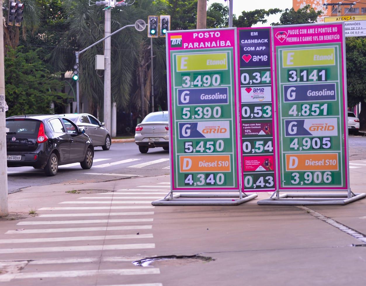 No Centro, estabelecimento fez questão de mostrar variação de preços (Foto: Jucimar de Sousa/Mais Goiás)