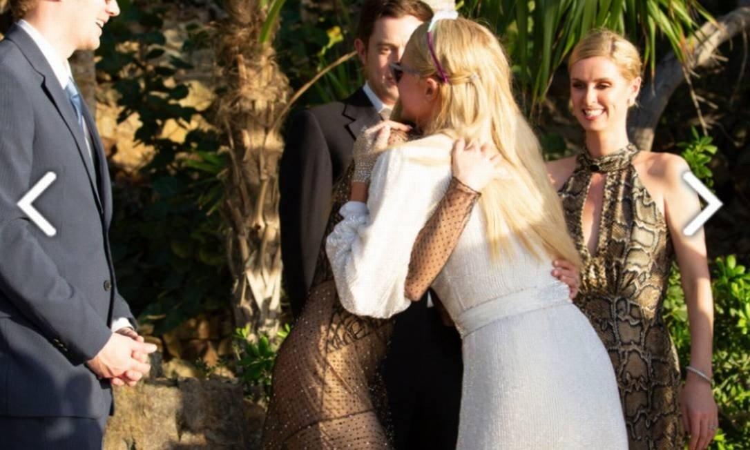 Paris Hilton é pedida em casamento no dia do aniversário; confira imagens