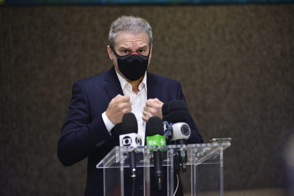 Prefeito decreta 14 dias de lockdown em Goiânia